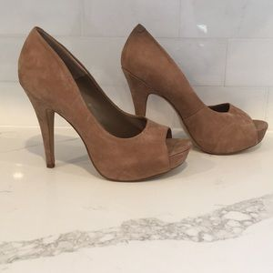 Jessica Simpson Nude Heels